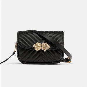Zara Crossbody Bag Lion Details Blogger's Fave